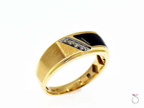 Mens Diamond & Black Onyx band Ring, 14K Yellow Gold