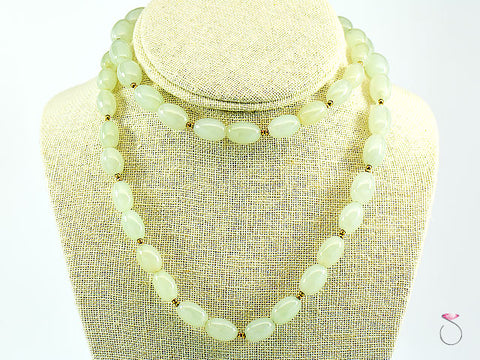NATURAL LIGHT GREEN JADE OVAL BEAD NECKLACE 30 INCHES