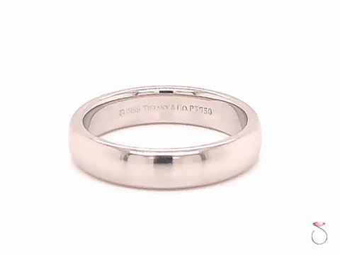 Tiffany & Co. Platinum Classic Wedding Band, 4.45 mm Wide Size 7