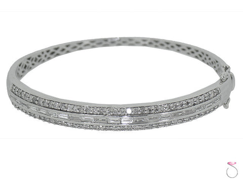 14k White Gold Diamond bangle Bracelet, 2.48 ctw.