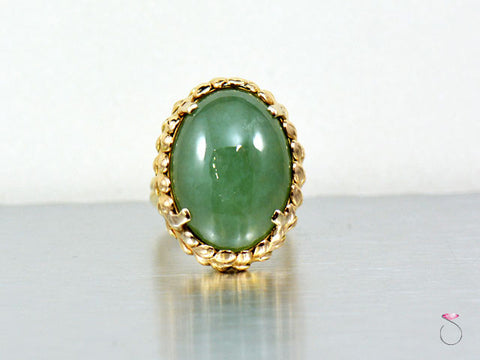 Ming's Hawaii Green Jade Ring Maile Leaf design in 14K Gold