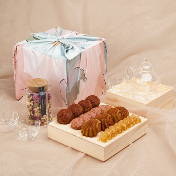Mother's Day Tea & Pastry Box
