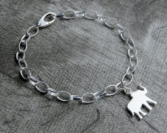 Personalized elephant charm bracelet in sterling silver with clasp