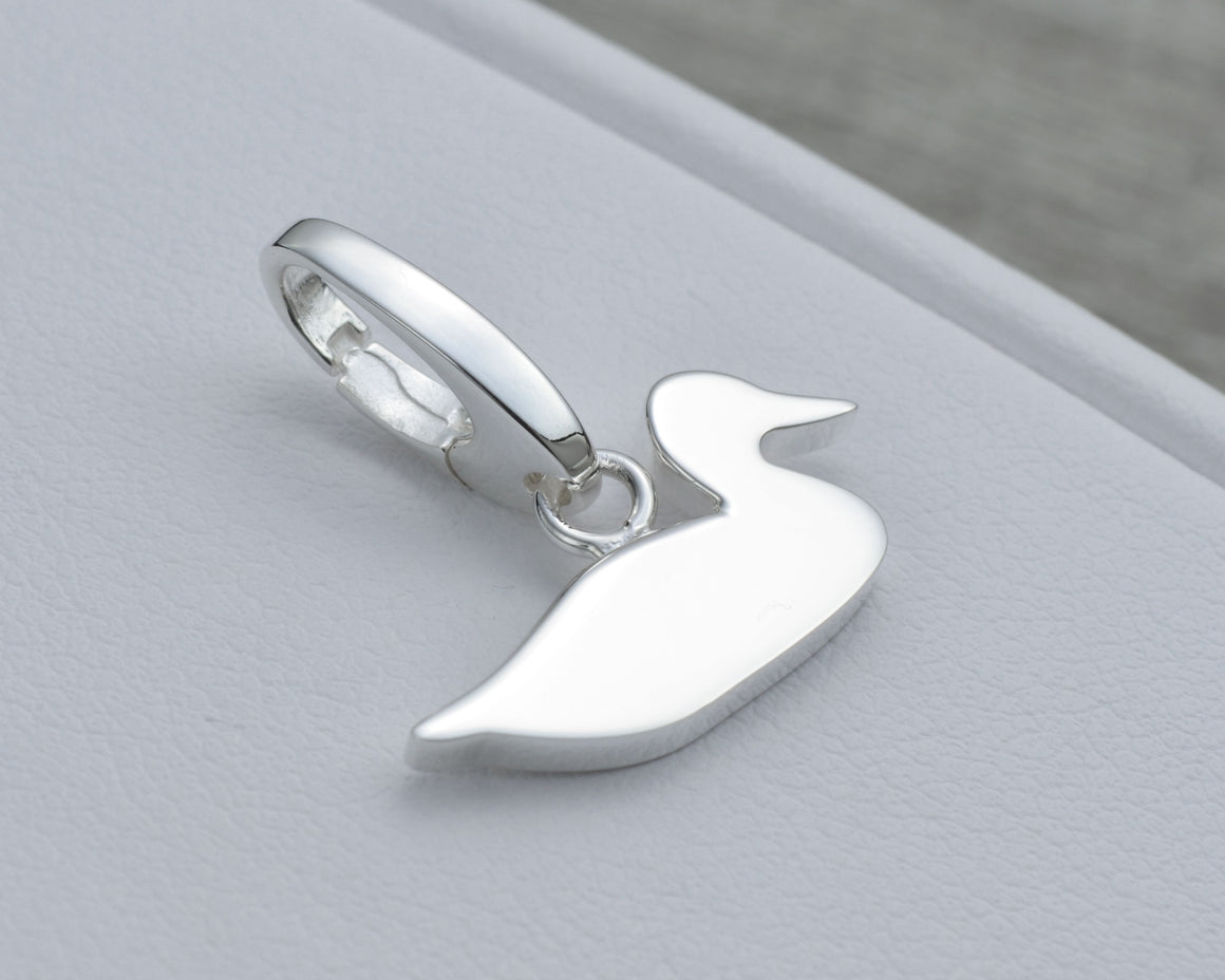 DUCK CHARM IN STERLING SILVER