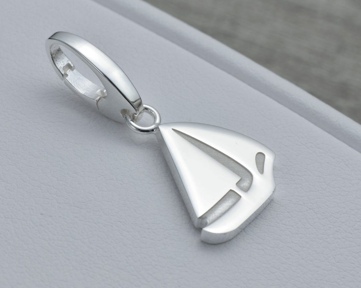 SAILING CHARM IN STERLING SILVER