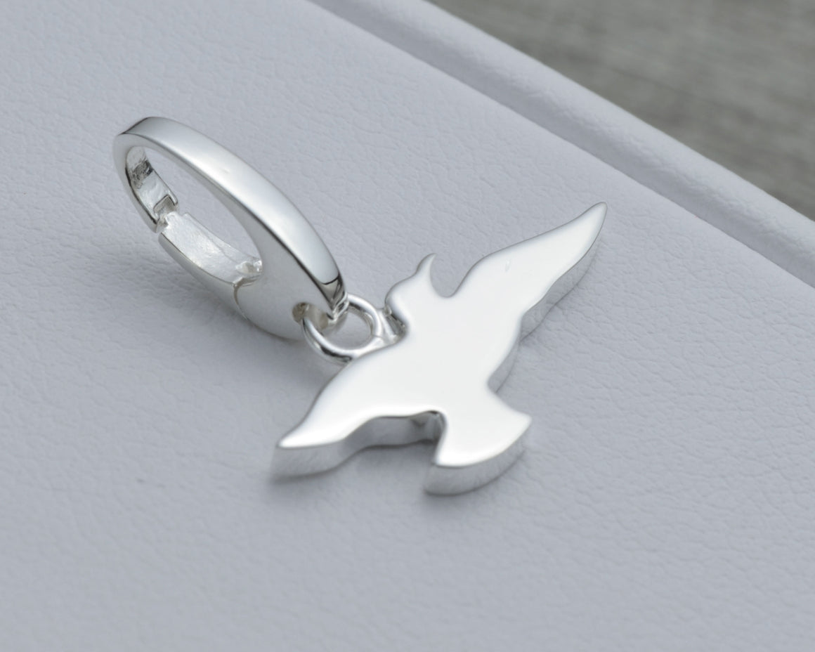 SEAGULL CHARM IN STERLING SILVER