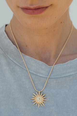 products/hazeandglory-jewelry-ray-necklace-gold.5.jpg