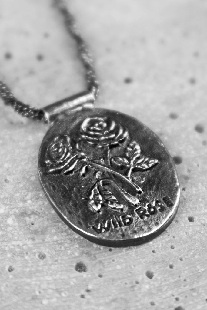The Wild Rose Necklace - silver