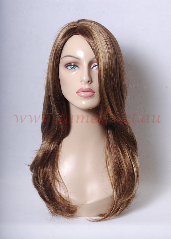 GLORIA - Tamed wigs and makeup - 1