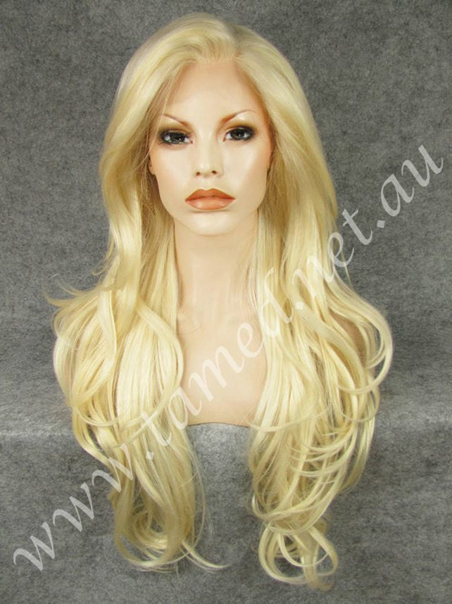 CHLOE ANGELIC - Tamed wigs and makeup - 1