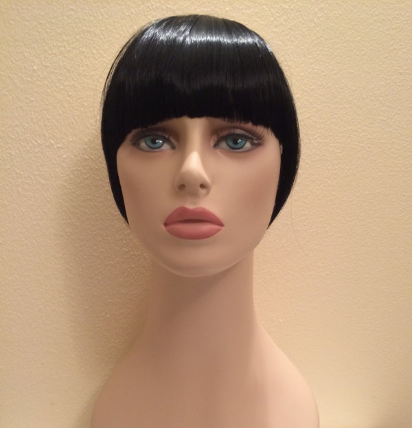 Black Fringe - Tamed wigs and makeup - 1