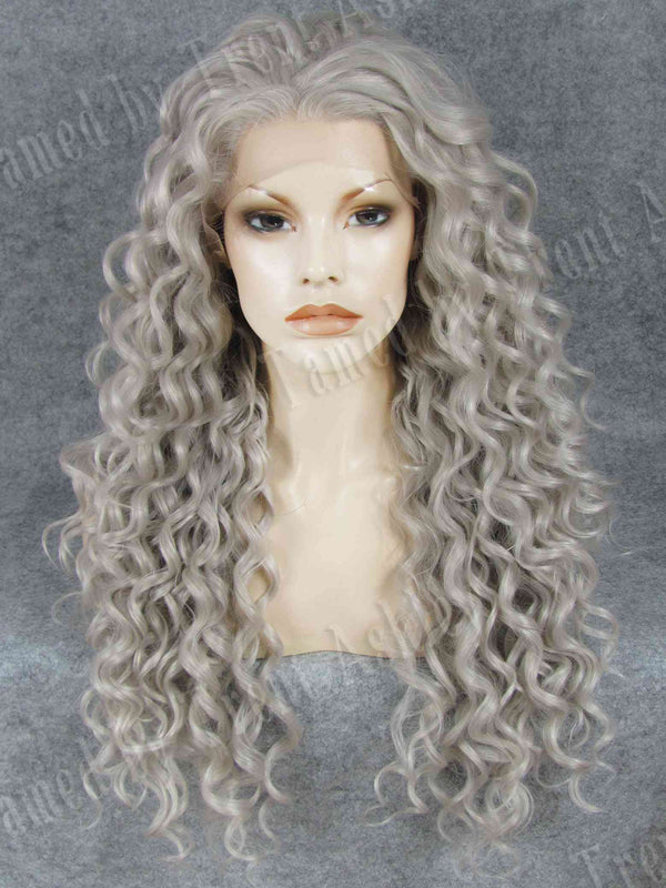 DIANA TITANIUM - Tamed wigs and makeup