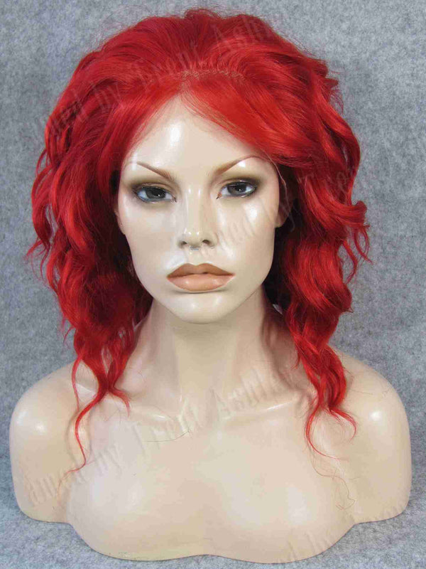 CARRIE SAFRON - Tamed wigs and makeup