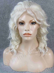 CARRIE ANGELIC - Tamed wigs and makeup
