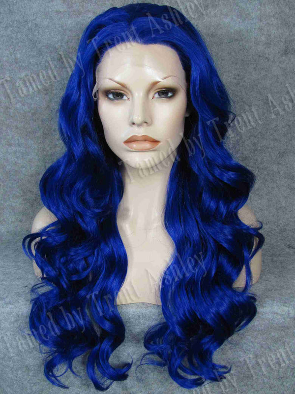 NICCI ELECTRIC BLUE - Tamed wigs and makeup