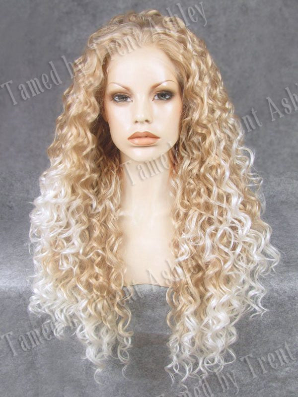 DIANNA BLONDE FROST - Tamed wigs and makeup