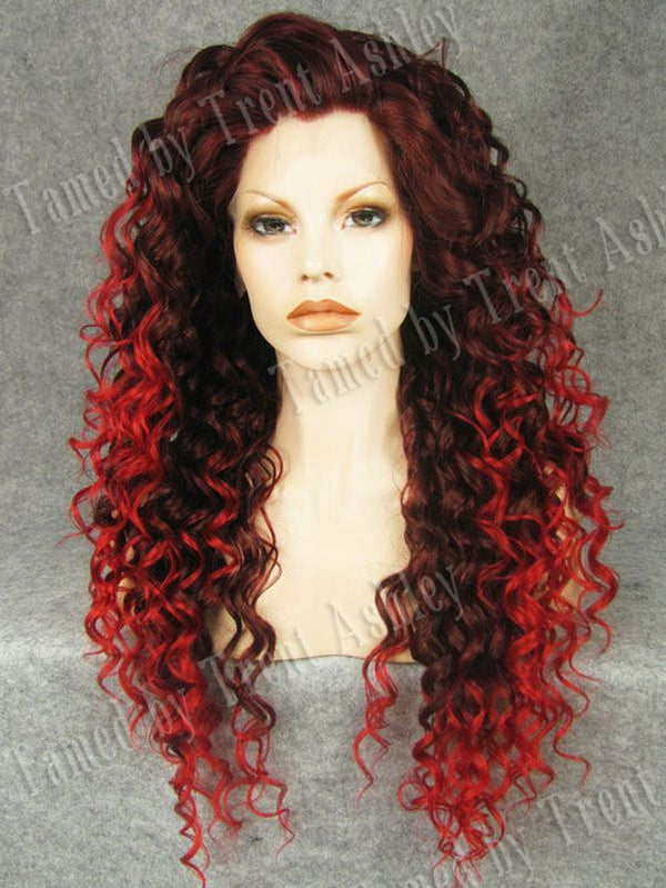 DIANNA CRIMSON TIDE - Tamed wigs and makeup
