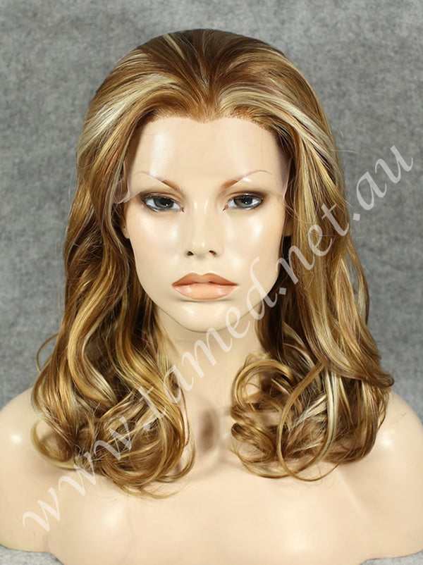 EMILY BUTTERSCOTCH - Tamed wigs and makeup - 1