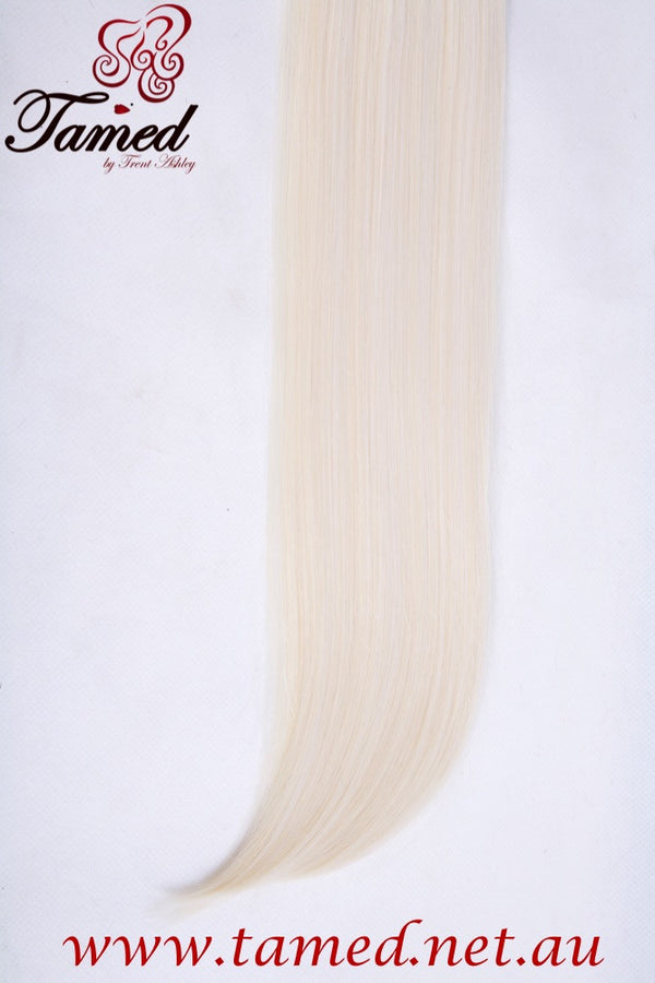 PLATINUM - DELUXE SYNTHETIC WEFT - Tamed wigs and makeup