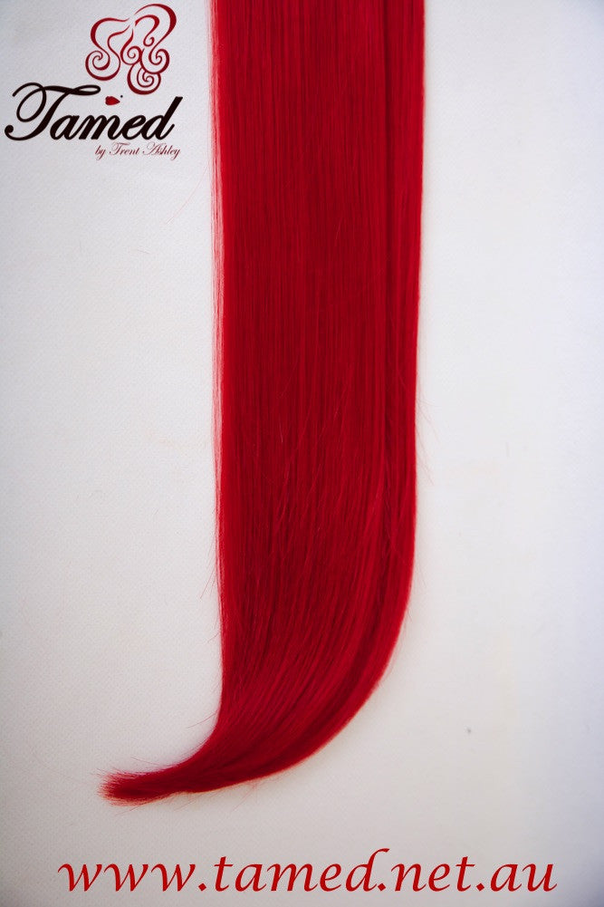 RED - DELUXE SYNTHETIC WEFT - Tamed wigs and makeup