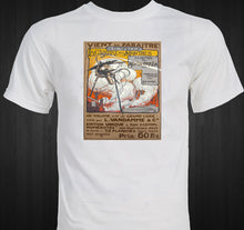 Load image into Gallery viewer, War of the Worlds HG Welles 1906 French Illustration T-shirt