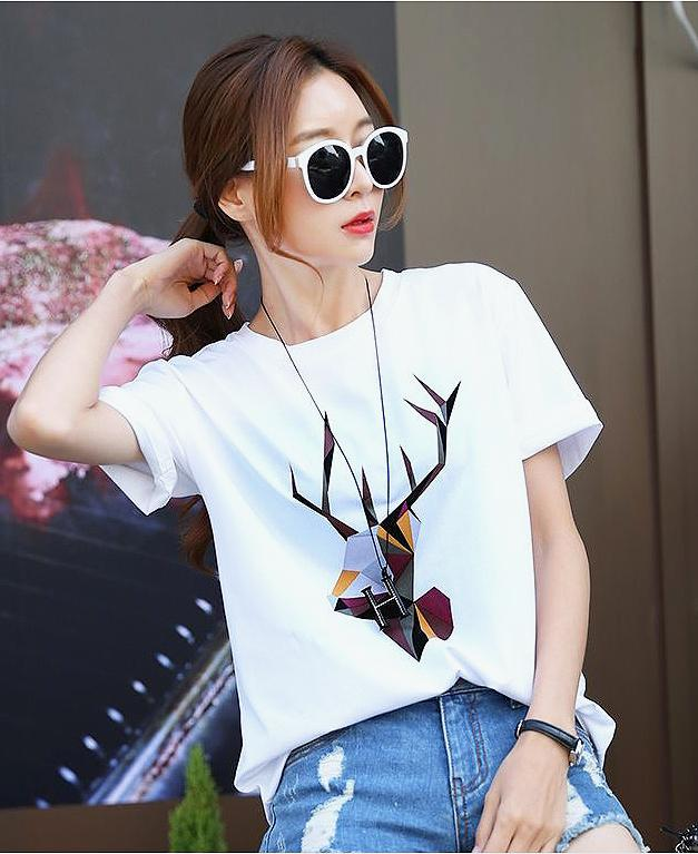 Antelope Graphic Ladies T-Shirt - TstudioCo