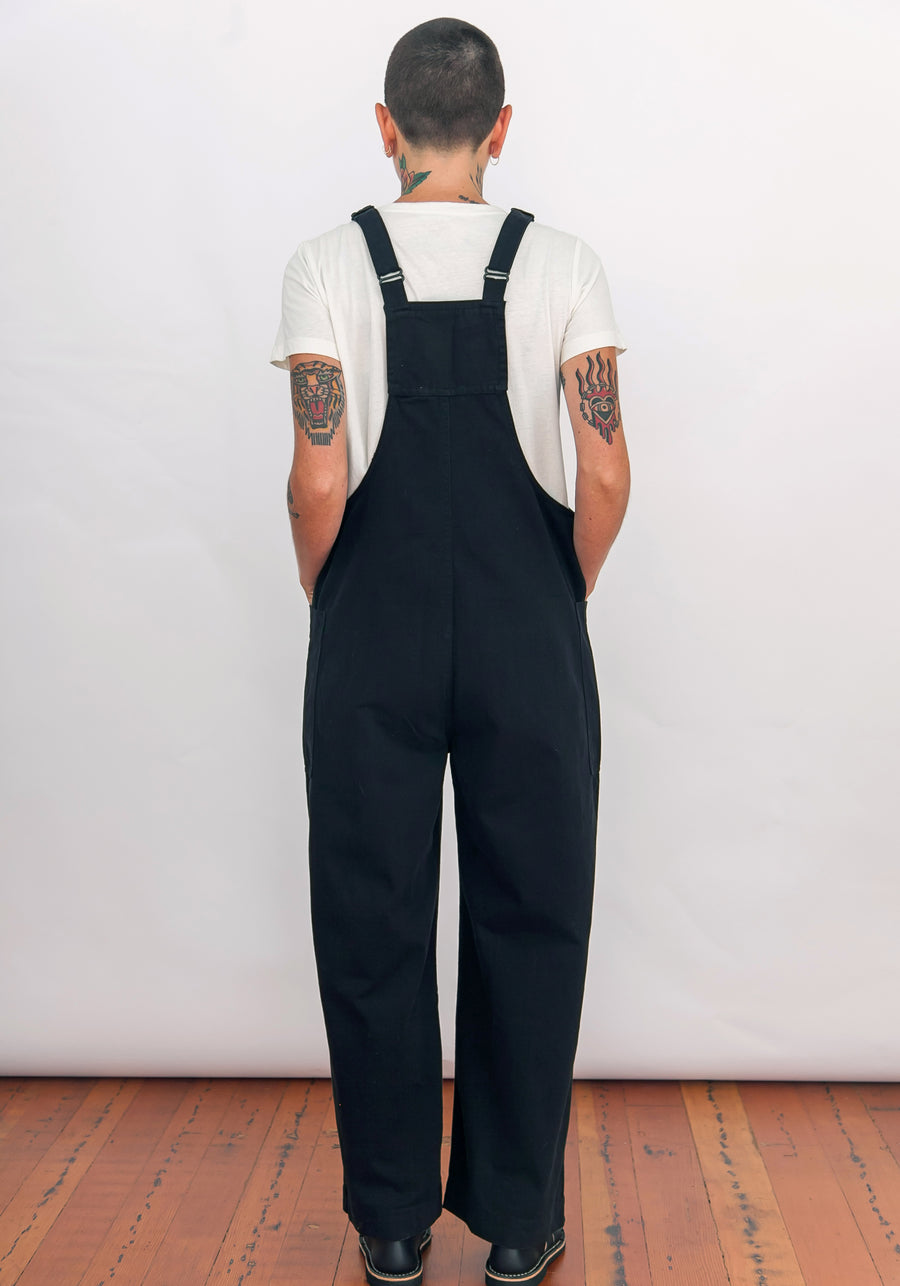 OVERALL JUMPER - BLACK
