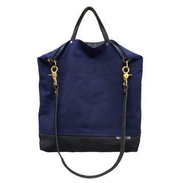 NAVY REVERSIBLE BAG (BLACK STRAP)