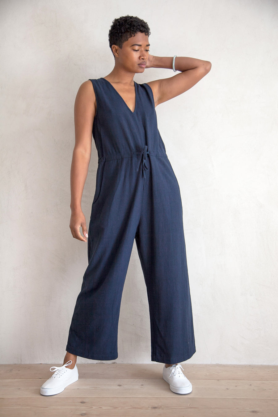 SILK SLIT-BACK JUMPER - NAVY