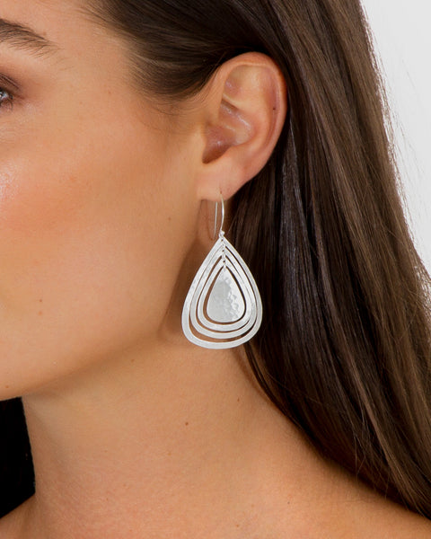 TRIPLE LAYER AURELIA  EARRINGS - SILVER