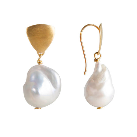 PEARL CURVE EARRINGS - SILVER