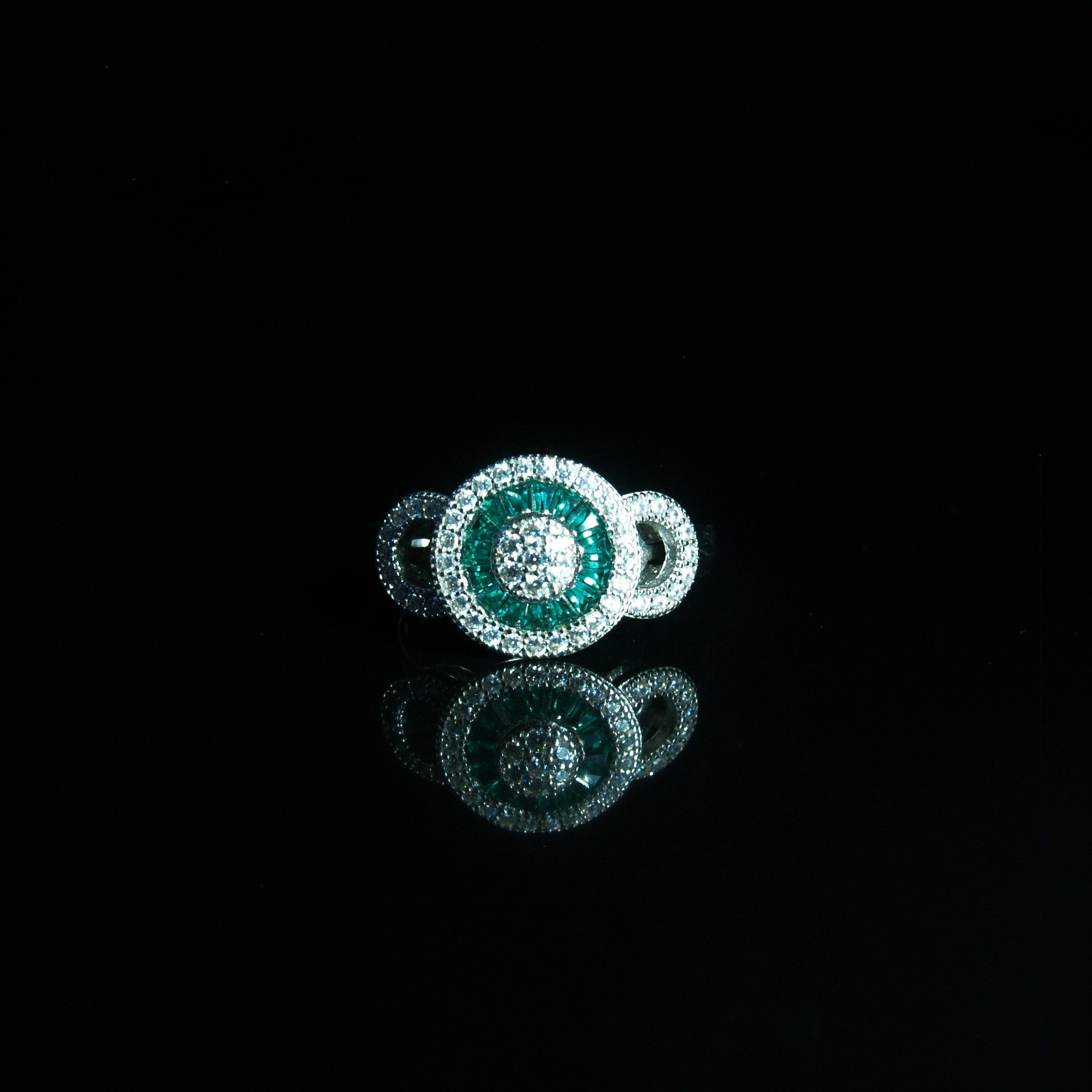 Sterling Silver Green & White Cubic Zirconia Ring.