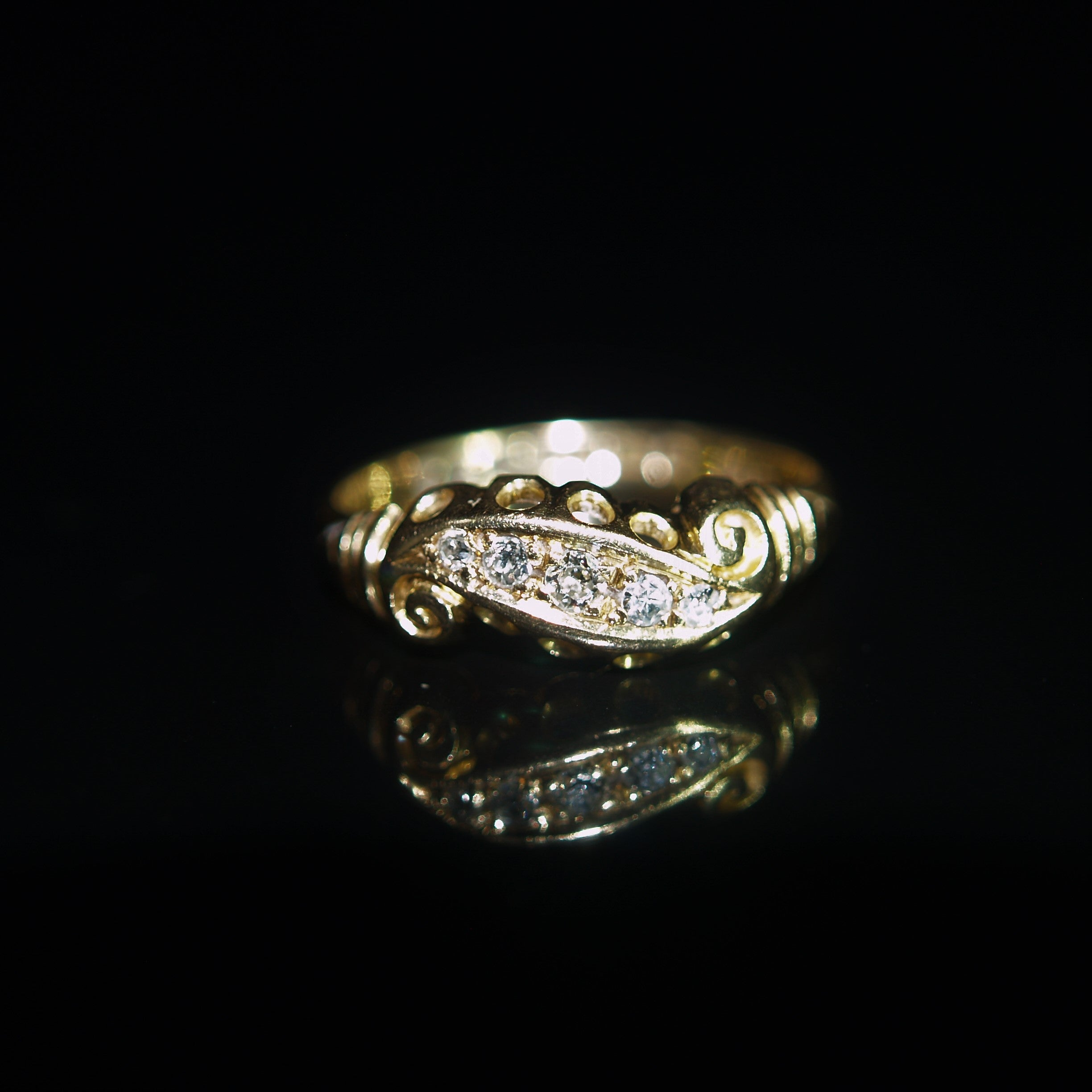 Early 20th Century 18ct Five Diamond Ring.