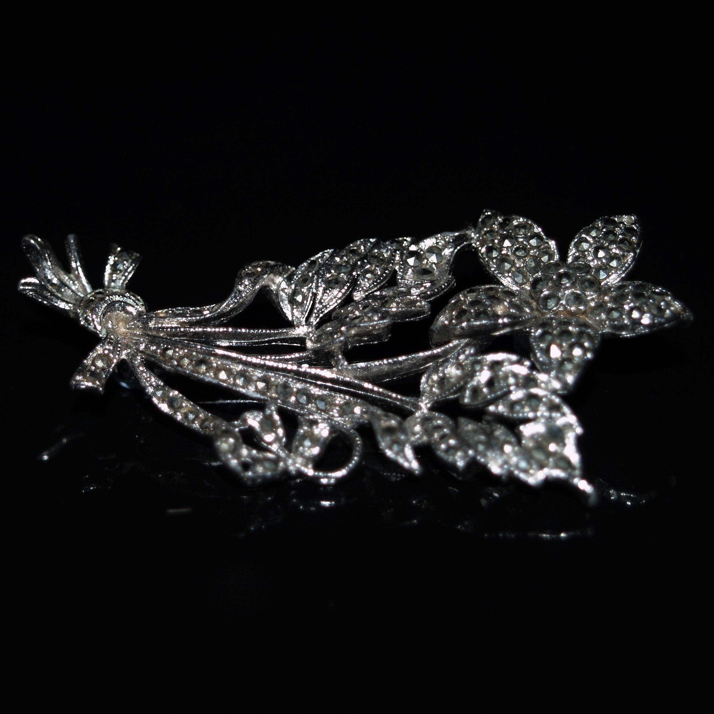 Vintage Chrome Plated Marcasite Flower Brooch.