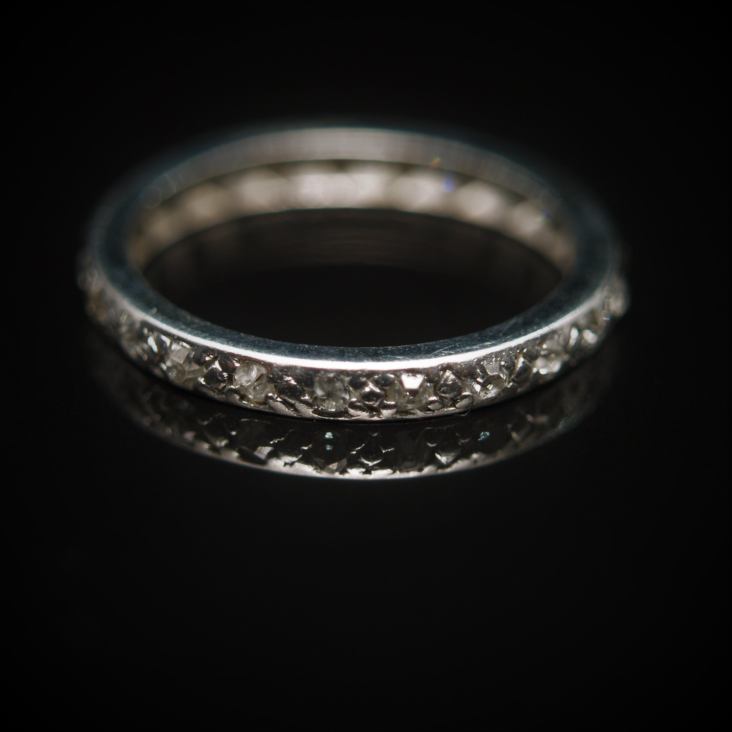 Early 20th Century 18ct White Gold Diamond Eternity Ring.
