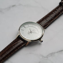 Load image into Gallery viewer, Christyan Arden ARIUS CA-0031 - Around The World Edition - White Dial - Brown Full Grain Strap (Wanita)