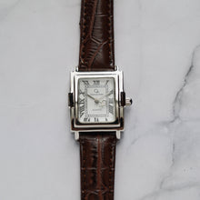 Load image into Gallery viewer, Christyan Arden CAESAR CA-0033 - Around The World Edition - White Dial - Brown Full Grain Strap (Wanita)