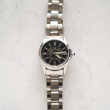 Load image into Gallery viewer, Christyan Arden Luxury Collection CA4157 Black Dial (wanita)