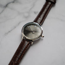 Load image into Gallery viewer, Christyan Arden LENORE CA3207 - Around The World Edition - Grey Sunburst Dial - Brown Full Grain Strap (Wanita)