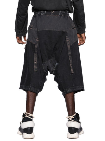 ZIPPER EXPANDABLE DROP CROTCH SHORTS