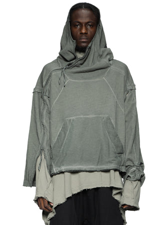 VOID SHOULDER HOODIE WITH MAYA-STUDS DYED