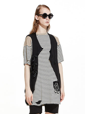 WANDERER'S HOOKED ATTACHED GEO-CUT KNIT VEST / BLACK - HAMCUS