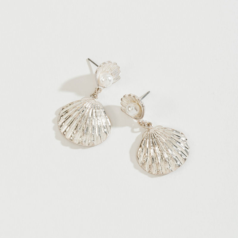 METAL AND SHELL WITH PEARL ACCENT EARRING