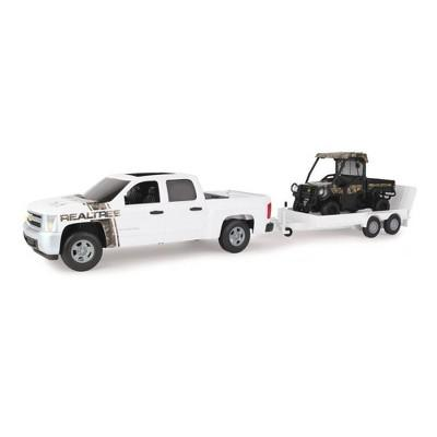 TOMY Big Farm 1:16 RealTree Chevrolet Pickup with John Deere Gator