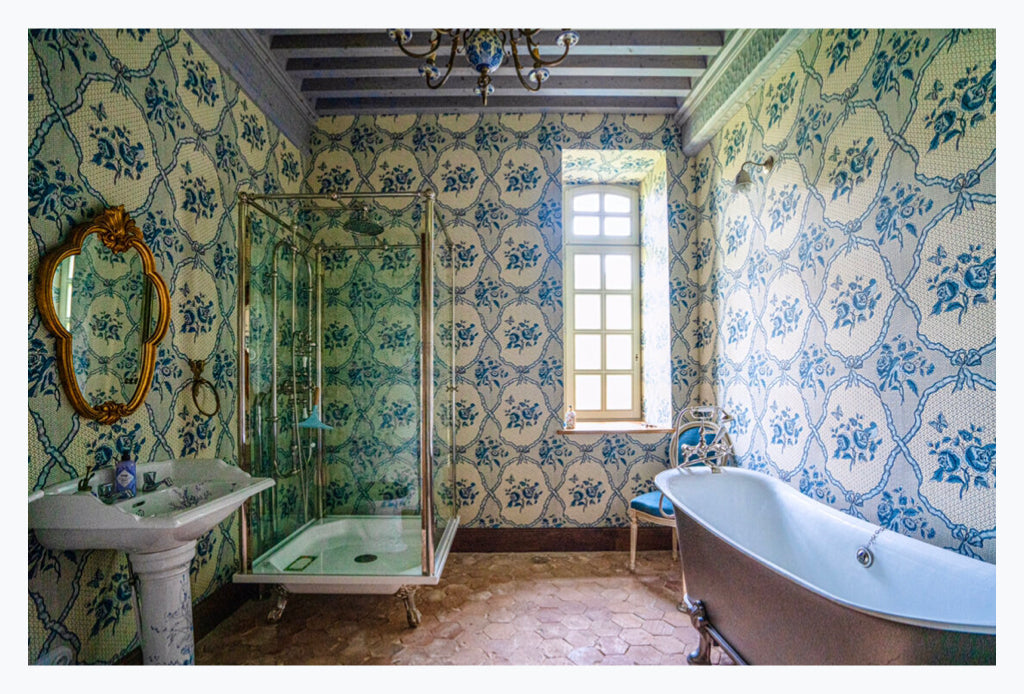 10 Artful French Or French Inspired Bathrooms French Art Shop