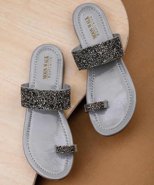 Women's Fancy Grey Synthetic Embellished One Toe Fashion Flats