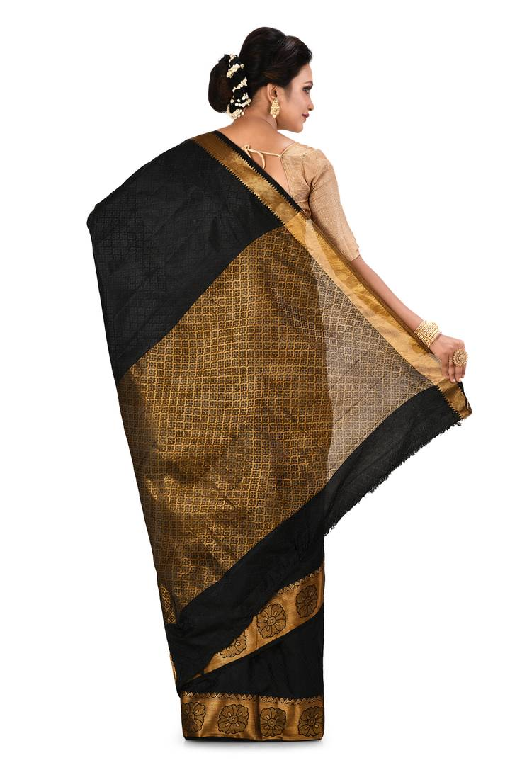 Trendy Black Kanjivaram Art Silk Saree With Matching Blouse Piece
