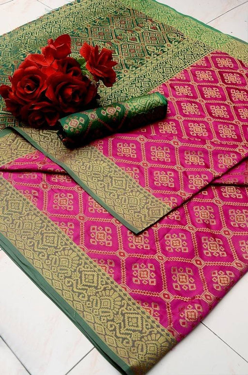 Alluring Patola Jacquard Saree With Blouse Piece