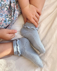Ruffle socks junior - stök uppskrift