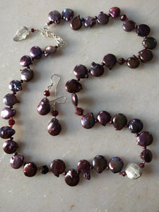 Pearl garnet with silver garden lava bead set